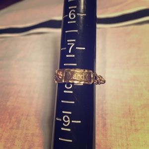14k yellow gold chain ring